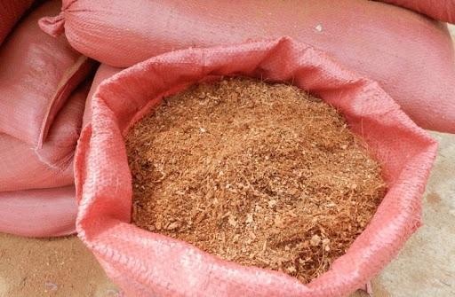 Xơ dừa đóng bao chuẩn bị xuất khẩu